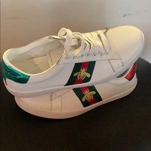Gucci Leather Sneakers Size 7 Ero37
